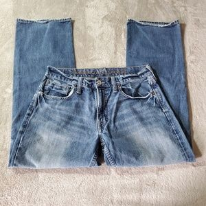 American Eagle Low Rise Straight Medium Wash Jeans